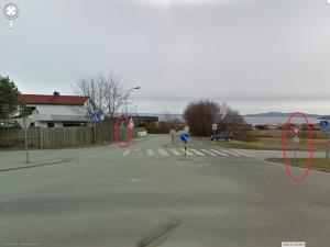 Fra Google maps: Krysset FV950 og Askeladdevegen sett fra sørsiden av FV950.