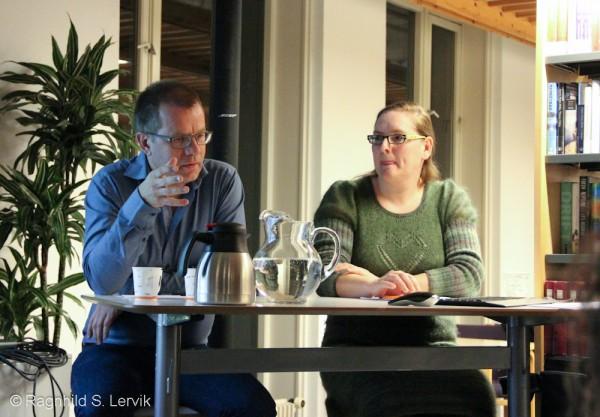 Kritikeren og bibliotekaren på den andre siden: Sindre Hovdenakk og Britt Karen Einang
